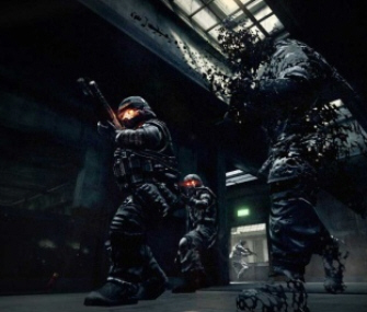 This Killzone 2 screenshot shows the cloak suit in action