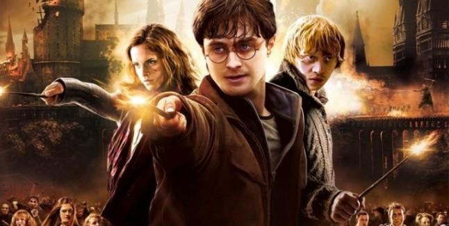 Harry Potter And The Deathly Hallows Part 2 Review Artwork