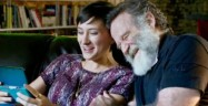 Robin Williams Zelda Williams Cuddle 3DS Banner Artwork Pic